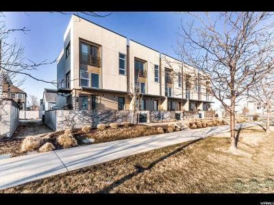 Salt Lake County Townhouse For Sale: 4604 W South Jordan Pkwy