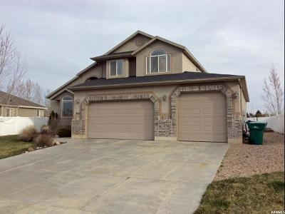 Clearfield Single Family Home Under Contract: 942 W 25 N