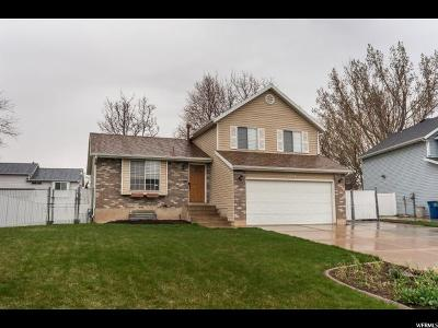 Kaysville Single Family Home For Sale: 1758 S 400 E