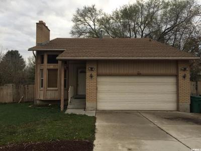 Sandy Single Family Home For Sale: 8212 S Marion View Cir