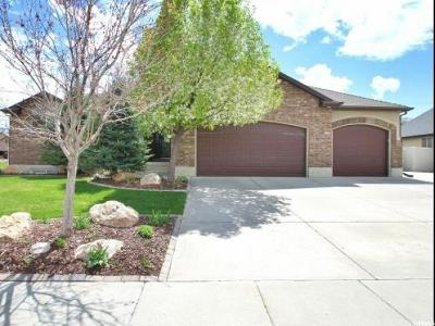 South Weber Single Family Home Under Contract: 1455 E 7425 S