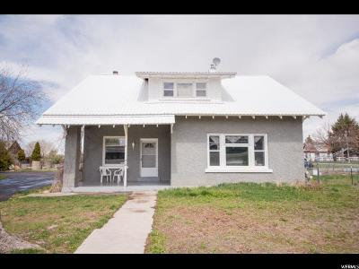 Single Family Home For Sale: 412 Main St W