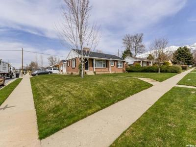 Kaysville Single Family Home For Sale: 157 E Crestwood Rd N