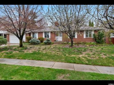 Davis County Single Family Home For Sale: 1066 N 100 W