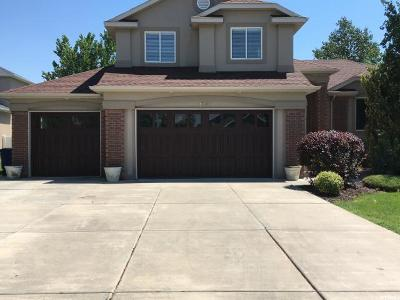 Davis County Single Family Home For Sale: 1393 Parkside Ln