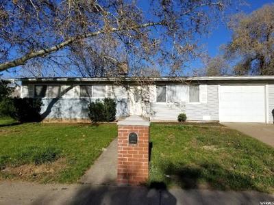 Davis County Single Family Home For Sale: 1066 N 250 W