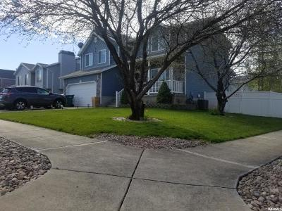 Davis County Single Family Home For Sale: 267 W 1600 N