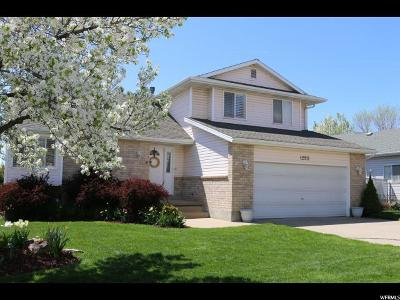Kaysville Single Family Home For Sale: 1290 S 200 E