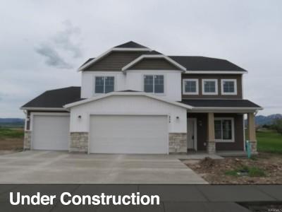 Hyrum Single Family Home For Sale: 454 S 400 E