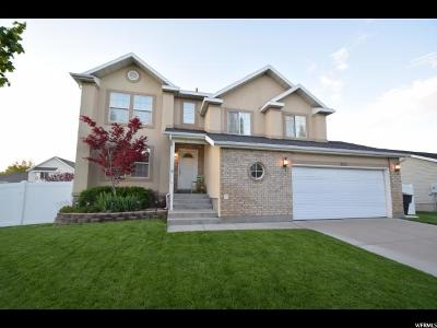 Clinton Single Family Home Under Contract: 922 W 1420 N