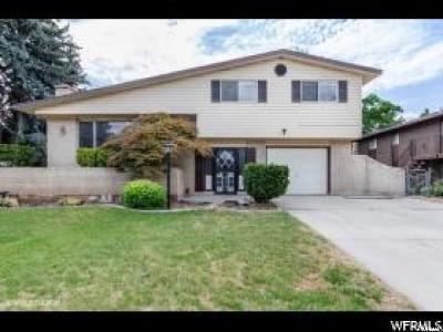 South Ogden Single Family Home For Sale: 777 E Ridgeview Dr