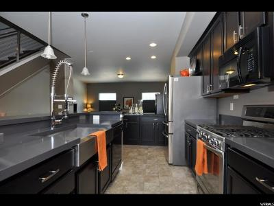 South Jordan Townhouse For Sale: 10352 S Clavey Ln