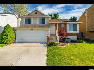 Kaysville Single Family Home For Sale: 446 E 1650 S