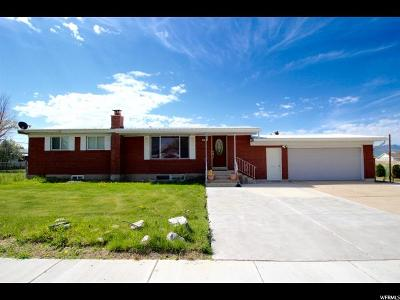 Hyrum Single Family Home For Sale: 587 W 300 N