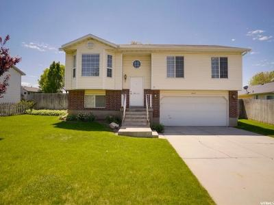 Clinton Single Family Home Under Contract: 2447 W 2000 N
