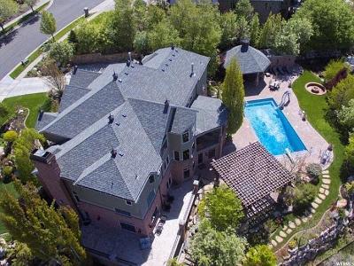 Bountiful Single Family Home For Sale: 402 E Hidden Lake Dr S