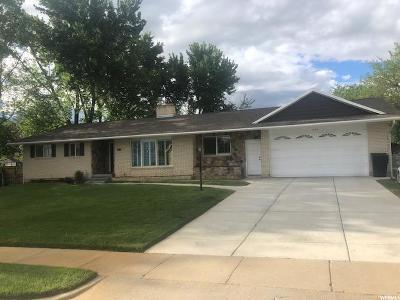 Centerville Single Family Home For Sale: 449 E 550 S
