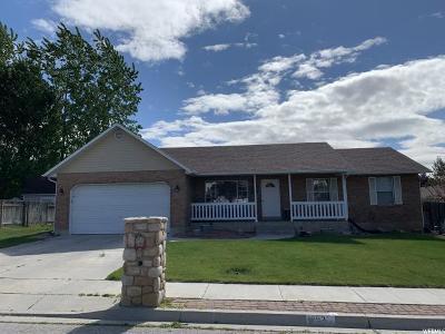 Lehi Single Family Home For Sale: 1392 N 220 E