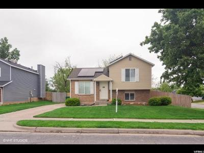 Layton Single Family Home For Sale: 263 W 1675 N