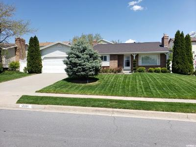 Sandy Single Family Home For Sale: 12051 S Pineridge Rd E