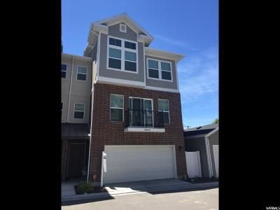 Sandy Townhouse For Sale: 8904 S Locust Place Ln E