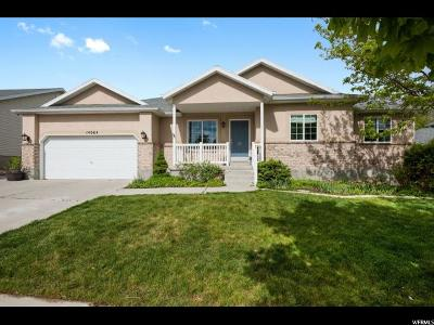 Herriman Single Family Home For Sale: 14064 S Friendship Dr