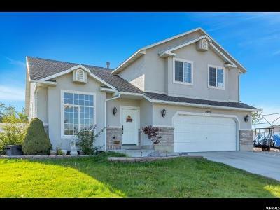 West Jordan Single Family Home For Sale: 4927 W Sunset Park Cir S