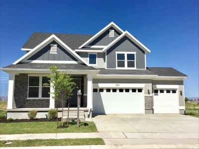 Mapleton Single Family Home Under Contract: 926 Yarrow Dr #30