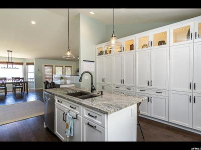 Fruit Heights Single Family Home For Sale: 652 S 1800 E