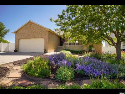 Clearfield Single Family Home For Sale: 103 S 525 W