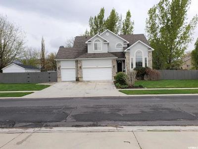 Draper Single Family Home For Sale: 332 E Rosewood Park Ln S