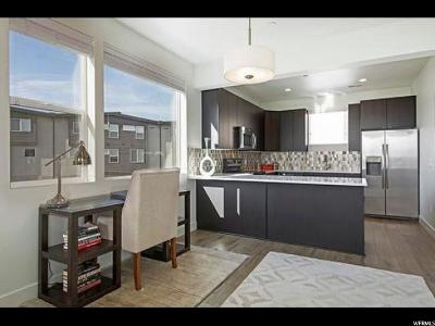 Midvale Townhouse For Sale: 1071 W Rooftop Dr #501
