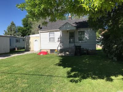 Preston Single Family Home For Sale: 210 S 2nd W