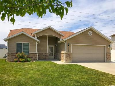 Weber County Single Family Home For Sale: 107 N Sam Gates Rd