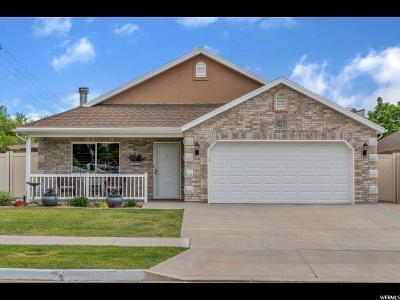 Davis County Single Family Home For Sale: 822 E 200 S