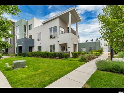 South Jordan Townhouse For Sale: 10384 S Clarks Hill Dr #105