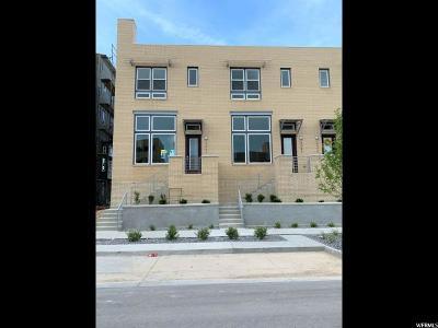 South Jordan Townhouse For Sale: 5054 W Duckhorn Dr #217