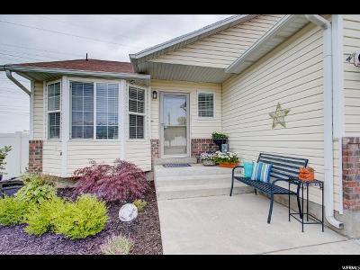 Davis County Single Family Home For Sale: 2528 S 75 E