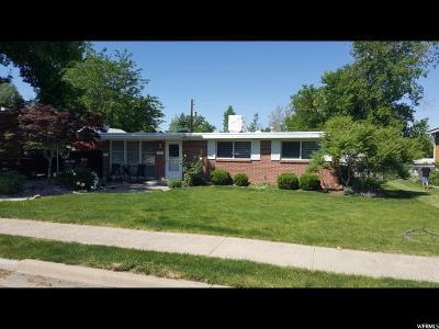 Davis County Single Family Home For Sale: 463 N 400 E