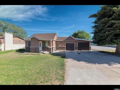 Davis County Single Family Home For Sale: 646 W 300 N