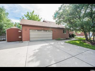 Sandy Single Family Home For Sale: 10290 S Golden Willow Dr E