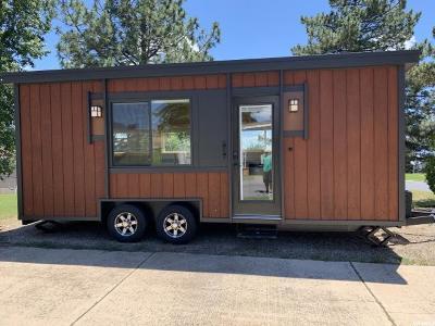 Layton Single Family Home For Sale: 208 Darlington Way