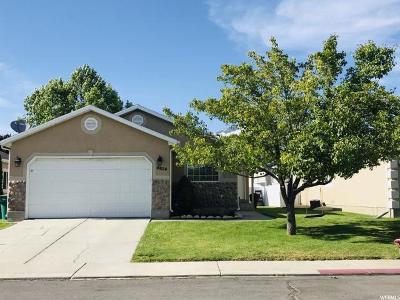 Single Family Home Under Contract: 4624 Cedar Run W