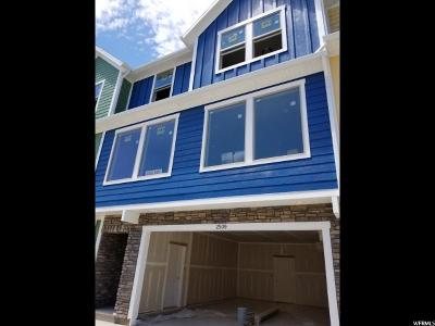 Layton Townhouse For Sale: 2509 N Knights Ln