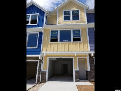 Layton Townhouse For Sale: 2511 N Knights Ln