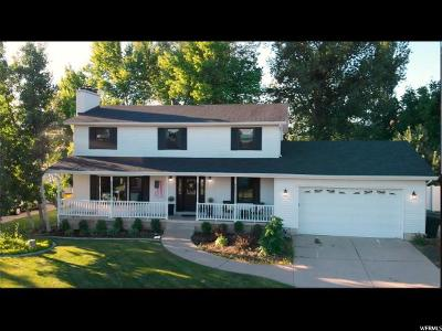 Fruit Heights Single Family Home For Sale: 1105 E Creekview Dr S
