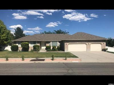 South Jordan Single Family Home For Sale: 10727 S Haven Heights Rd