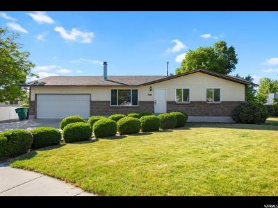 West Jordan Single Family Home For Sale: 7661 S Robert Cir