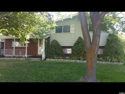 Centerville Single Family Home For Sale: 811 S 300 E