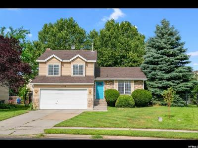 Kaysville Single Family Home For Sale: 1572 S 400 E